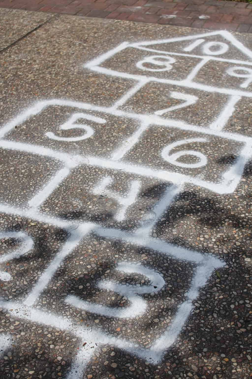 Spraychalk hopscotch game